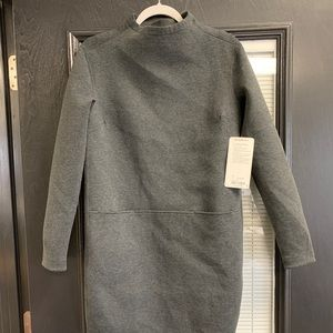 Lululemon NWT City Bound Dress size 4